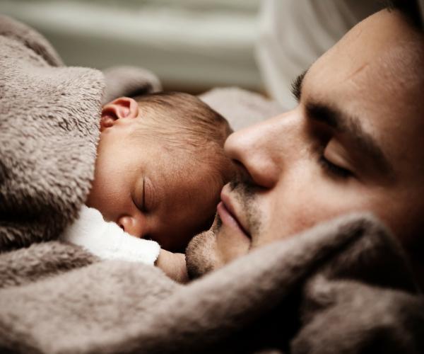 descanso por paternidad